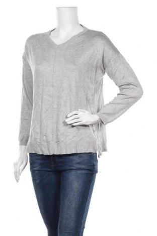 Дамски пуловер Now, Размер S, Цвят Сив, Вискоза, полиестер, Цена 15,23лв.