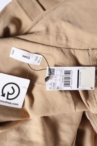 Дамски шлифер Mango, Размер M, Цвят Бежов, 93% вискоза, 7% полиестер, Цена 41,72лв.