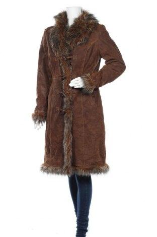 Дамско кожено палто Authentic Clothing Company, Размер L, Цвят Кафяв, Естествен велур, Цена 77,28лв.