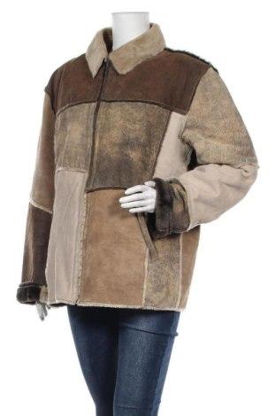 Дамско кожено яке, Размер L, Цвят Многоцветен, Естествена кожа, естествен велур, Цена 109,52лв.