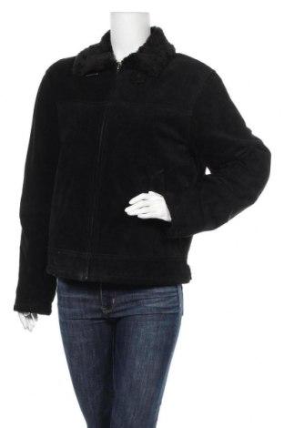 Дамско кожено яке, Размер S, Цвят Черен, Естествен велур, Цена 54,24лв.