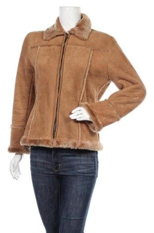 Дамско палто, Размер M, Цвят Бежов, Цена 17,27лв.