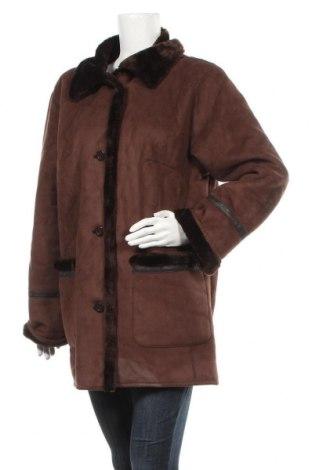 Дамско палто, Размер L, Цвят Кафяв, 63% акрил, 37% полиестер, Цена 17,64лв.
