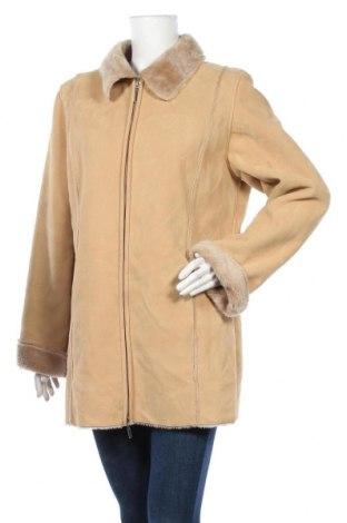 Дамско палто, Размер L, Цвят Кафяв, 75% полиестер, 25% вискоза, Цена 25,62лв.