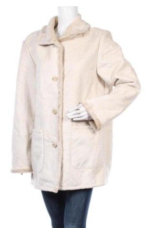 Дамско палто, Размер L, Цвят Екрю, Полиестер, Цена 11,55лв.