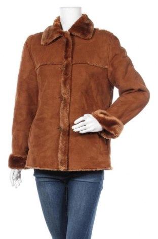 Дамско палто, Размер S, Цвят Кафяв, 67% полиакрил, 33% полиестер, Цена 12,34лв.