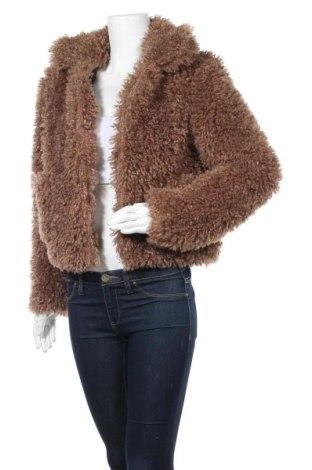 Дамско палто Clockhouse, Размер M, Цвят Кафяв, Полиестер, Цена 43,89лв.