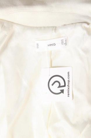 Дамско палто Mango, Размер S, Цвят Бял, 68% полиестер, 28% вискоза, 4% еластан, Цена 50,16лв.