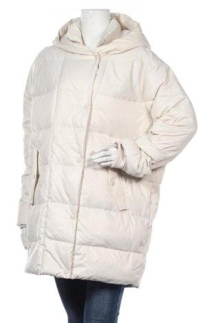 Γυναικείο μπουφάν Zara, Μέγεθος M, Χρώμα  Μπέζ, Πολυεστέρας, φτερά και πούπουλα, Τιμή 49,87€