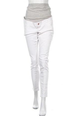 Дънки за бременни Mamalicious, Размер XL, Цвят Бял, 98% памук, 2% еластан, Цена 51,35лв.