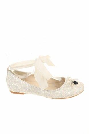 Παιδικά παπούτσια Bata, Μέγεθος 34, Χρώμα Λευκό, Κλωστοϋφαντουργικά προϊόντα, Τιμή 15,42€