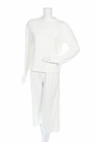 Комплект Even&Odd, Размер S, Цвят Бял, 75% памук, 22% полиестер, 3% метални нишки, Цена 26,28лв.