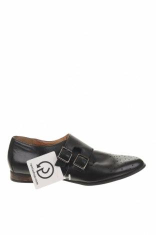 Мъжки обувки Clarks, Размер 42, Цвят Черен, Естествена кожа, Цена 45,87лв.