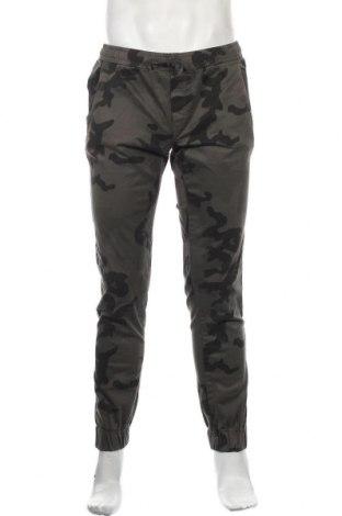 Мъжки панталон Urban Classics, Размер L, Цвят Сив, 98% памук, 2% еластан, Цена 43,07лв.