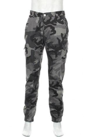Мъжки панталон Urban Classics, Размер M, Цвят Сив, 98% памук, 2% еластан, Цена 40,88лв.