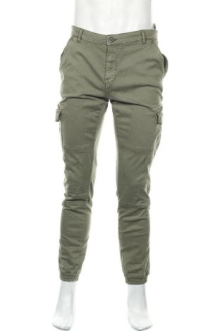 Мъжки панталон Urban Classics, Размер L, Цвят Зелен, 98% памук, 2% еластан, Цена 40,88лв.