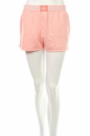 Пижама Calvin Klein, Размер M, Цвят Розов, 60% памук, 28% полиамид, 12% еластан, Цена 51,00лв.