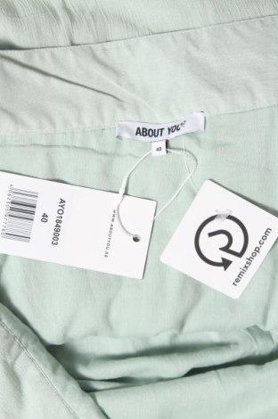 Пола About You, Размер M, Цвят Зелен, Вискоза, Цена 12,56лв.