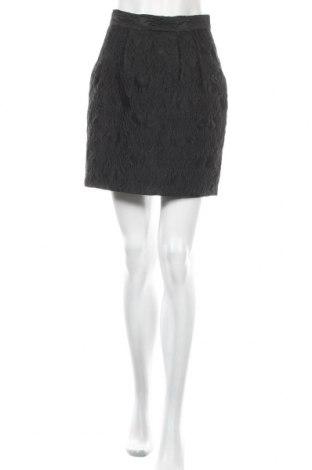 Пола H&M, Размер S, Цвят Черен, 68% полиестер, 32% полиамид, Цена 4,37лв.