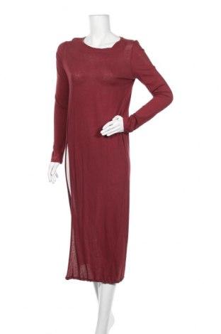 Рокля Zara Trafaluc, Размер L, Цвят Червен, 100% памук, Цена 25,50лв.