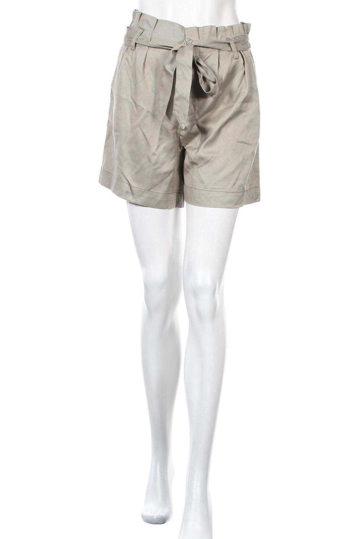 Γυναικείο κοντό παντελόνι ONLY, Μέγεθος S, Χρώμα Πράσινο, Lyocell, Τιμή 13,40€