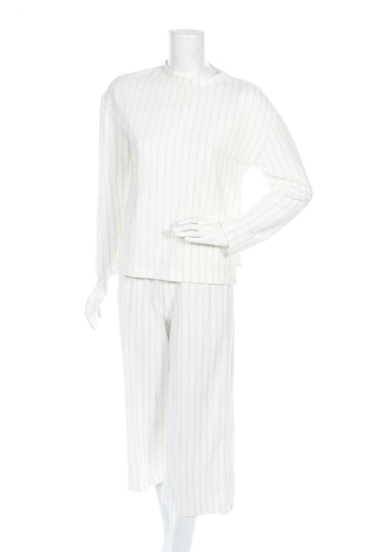 Комплект Even&Odd, Размер S, Цвят Бял, 75% памук, 22% полиестер, 3% метални нишки, Цена 27,00лв.