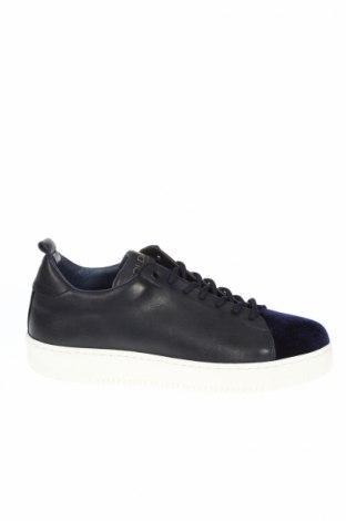 Дамски обувки Goldmud
