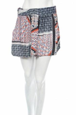 Дамски къс панталон Karen by Simonsen