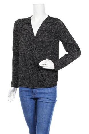 Γυναικεία μπλούζα Pieces, Μέγεθος M, Χρώμα Μαύρο, 46% βισκόζη, 44% πολυεστέρας, 6% μεταλλικά νήματα, 4% ελαστάνη, Τιμή 12,37€