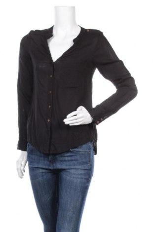 Дамска риза Vero Moda, Размер XS, Цвят Черен, 100% вискоза, Цена 11,03лв.