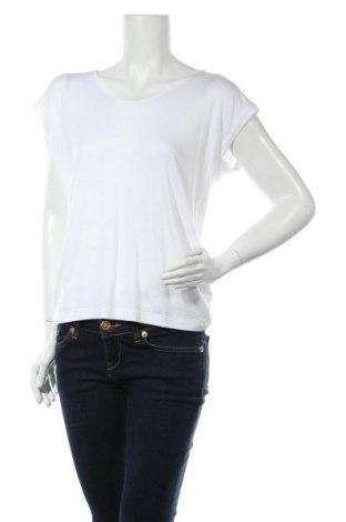 Дамска тениска Pieces, Размер S, Цвят Бял, 95% вискоза, 5% еластан, Цена 18,72лв.