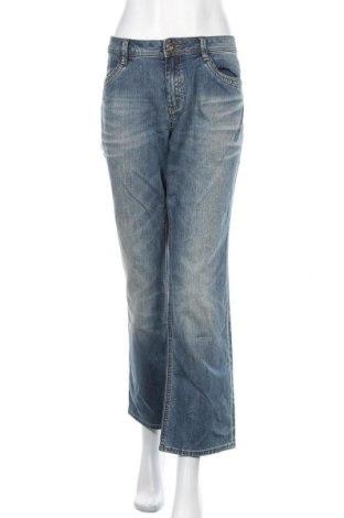 Дамски дънки S.Oliver, Размер XL, Цвят Син, 99% памук, 1% еластан, Цена 25,94лв.