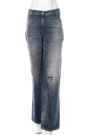 Дамски дънки TWINSET, Размер M, Цвят Син, 60% памук, 40% лен, Цена 37,80лв.
