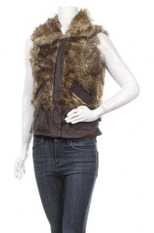 Дамски елек Vero Moda, Размер M, Цвят Кафяв, 80% акрил, 20% полиестер, естествена кожа, Цена 23,94лв.