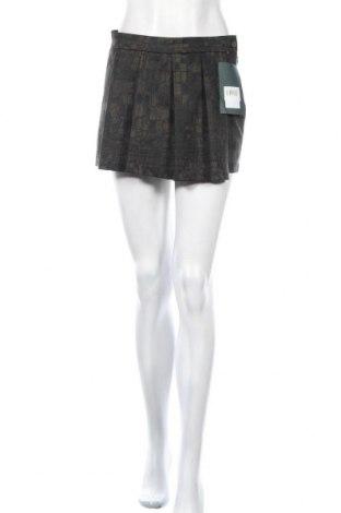 Дамски къс панталон, Размер M, Цвят Черен, 98% памук, 2% еластан, Цена 15,12лв.