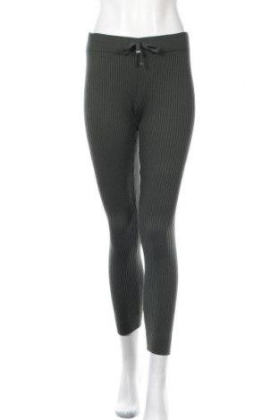 Дамски панталон Buffalo, Размер XS, Цвят Зелен, Цена 15,18лв.