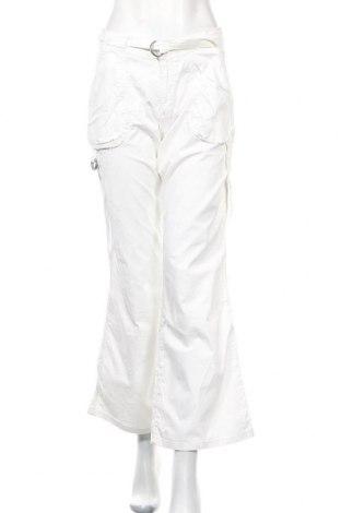 Дамски панталон Cache Cache, Размер M, Цвят Бял, 97% памук, 3% еластан, Цена 21,28лв.
