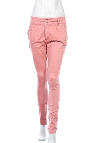Дамски панталон Cipo & Baxx, Размер M, Цвят Розов, 97% памук, 3% еластан, Цена 31,00лв.
