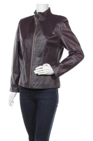 Дамско кожено яке, Размер S, Цвят Лилав, Естествена кожа, Цена 21,92лв.