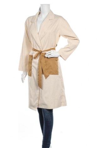 Дамско палто Missguided, Размер M, Цвят Бежов, Цена 28,80лв.