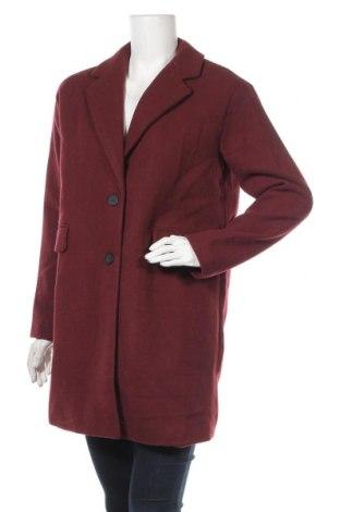 Дамско палто Pull&Bear, Размер S, Цвят Червен, 55% полиестер, 35% акрил, 3% вискоза, 3% вълна, 2% полиамид, 2% памук, Цена 32,67лв.