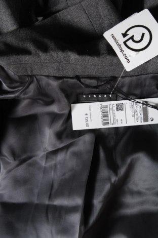 Дамско сако Sisley, Размер M, Цвят Сив, 53% вълна, 30% полиестер, 16% вискоза, 1% еластан, Цена 55,47лв.