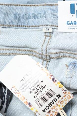 Παιδικό κοντό παντελόνι Garcia Jeans, Μέγεθος 15-18y/ 170-176 εκ., Χρώμα Μπλέ, 92% βαμβάκι, 6% πολυεστέρας, 2% ελαστάνη, Τιμή 8,77€