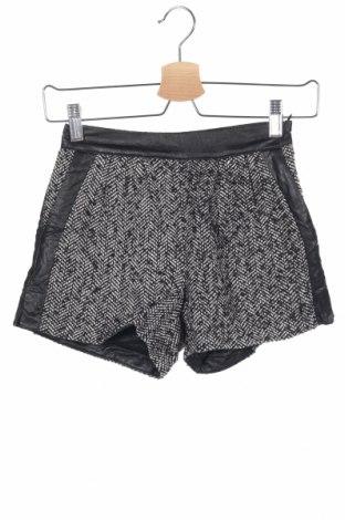 Παιδικό κοντό παντελόνι Molly Bracken, Μέγεθος 13-14y/ 164-168 εκ., Χρώμα Μαύρο, Πολυεστέρας, δερματίνη, Τιμή 10,77€