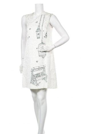 Рокля Dolce & Gabbana, Размер M, Цвят Бял, 64% вискоза, 36% памук, Цена 441,75лв.