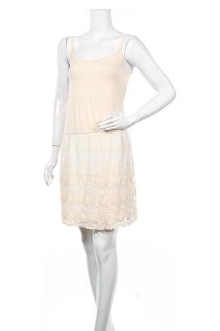 Φόρεμα Molly Bracken, Μέγεθος M, Χρώμα Εκρού, 95% βισκόζη, 5% ελαστάνη, Τιμή 27,74€
