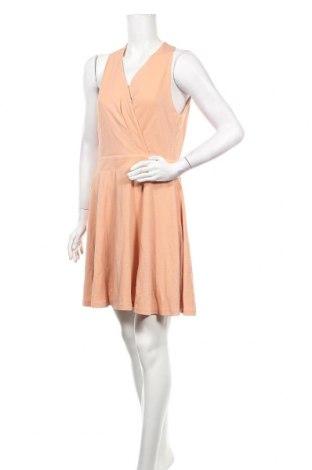 Φόρεμα Molly Bracken, Μέγεθος M, Χρώμα  Μπέζ, Πολυεστέρας, Τιμή 16,01€