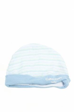 Детска шапка Calvin Klein