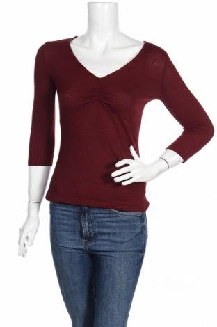 Дамска блуза Jennyfer, Размер S, Цвят Лилав, 79% памук, 19% полиестер, 2% еластан, Цена 11,04лв.