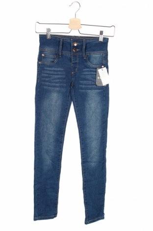 Детски дънки DKNY, Размер 11-12y/ 152-158 см, Цвят Син, 75% памук, 23% полиестер, 2% еластан, Цена 36,50лв.